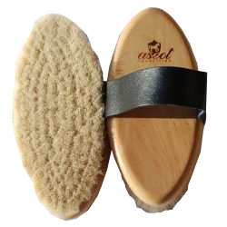 GOAT HAIR BRUSH LEATHER STRAP